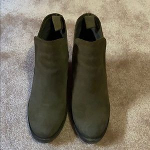 Bos & Co green waterproof ankle boots